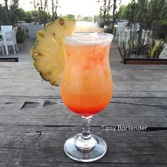 Sexy MF Cocktail - For more delicious recipes and drinks, visit us here: www.tipsybartender.com