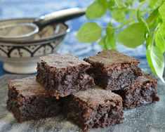 Oppskrift på Verdens beste Brownies - Franciskas Vakre Verden Beste Brownies, Sweets Cake, Mousse Cake, Food Cakes, Cake Recipes, Recipies, Food And Drink, Vegan, Chocolate