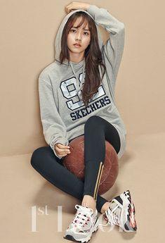 Kim SoHyun 김소현 for Look Magazine The Heirs, Korean Star, Korean Girl, Korean Celebrities, Celebs, Asian Fashion, Girl Fashion, Kim So Hyun Fashion, Hyun Soo