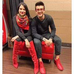 Piero and Natalia Jimenez could be world class models as they show us how glamorous RED really is! They look gorgeous together with the RED shoes, glasses, boots, scarf, lipstick and earrings. And...