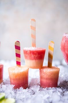 Melon Lemonade Margarita Popsicles - super fun, healthy (minus alcohol), refreshing, and SO easy. Perfect way to end your day! From…