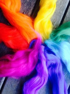 Felting anyone??    I have put together a lovely combination of bright rainbow colours in a 100gm pack of soft merino fleece. A simple felting