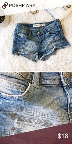 Denim shorts with a pattern Denim shorts. Get summer ready with this perfect item Shorts Jean Shorts