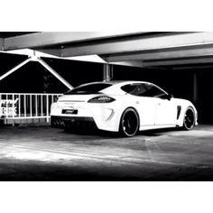 Black & White Porsche Panamera