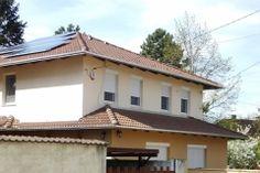 Minden háznak jól áll a napelem. Outdoor Decor, Home Decor, Homemade Home Decor, Interior Design, Home Interiors, Decoration Home, Home Decoration, Home Improvement