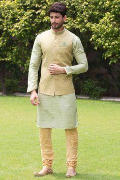 Green Kurta Jacket Set with Light Work Indian Wedding Clothes For Men, Wedding Kurta For Men, Wedding Dress Men, Indian Wedding Outfits, Wedding Sherwani, Wedding Suits, Pakistani Mens Kurta, Mens Sherwani, Kurta Men