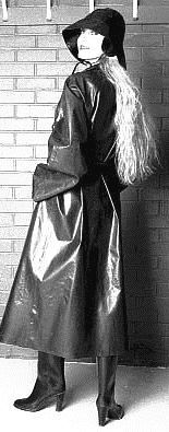 Looking lovely in her long SBR mackintosh and sou'wester Black Raincoat, Mens Raincoat, Pvc Raincoat, Raincoats For Women, Jackets For Women, Mackintosh Raincoat, Vinyl Raincoat, Rubber Raincoats, Rain Gear