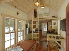 Ethan Waldman Tiny House - photos / video : smallspacesaddiction
