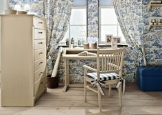 English Mood bedroom by Minacciolo 2016 #minacciolo #englishmood #chic #furniture #elegant #bedroom #classic #englishstyle #writing #desk #study #interiors #architecture #decor #romantic #inspirations #shabby #chic #country #countrychic #children #blue