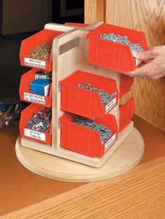 Modern Garage Organization Ideas To Try This Season 31 – Garage Organization DIY Diy Garage Storage, Garage Organization, Organization Ideas, Shop Storage, Carpentry Projects, Wood Projects, Cool Woodworking Projects, Lazy Susan, Woodworking Wood