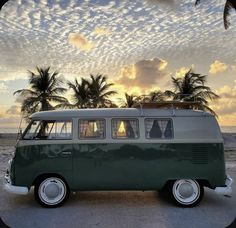 Vw T1, Volkswagen, Custom Vans, Camper Van, Surfing, Buses, Vehicles, Nature, Transportation