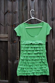 Ruffle T-shirt from @30daysblog  Maybe I could make some for the girls