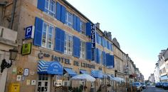 Grand Hôtel De L'Europe Langres The Grand Hotel de l'Europe is located in the centre of the historic town of Langres. It offers private parking and a large central courtyard.  All the guestrooms have a TV with Canal+ channels and some have a fireplace and free Wi-Fi internet...