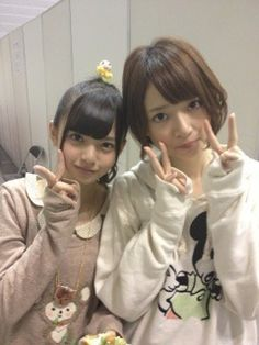 "saito asuka and with the girl who really like her 橋本奈々未 (Hashimoto Nanami) ^_^ ♥ ♥ ♥ ♥ ~ asyurin to 松村沙友理 (Matsumura Sayuri) ~ ""nanamin is mine"" ~ ( ¨ ) Matsumura Sayuri, Hashimoto Nanami, Saito Asuka, The Girl Who, Cute Girls, Windbreaker, Japan, Beautiful, Beauty"