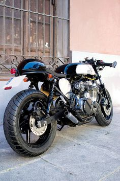 Cafe Racer Obsession: BLACK TRADE