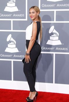 Another picture of Beyonce, looking fierce in an Osman jumpsuit. DAT ASS.
