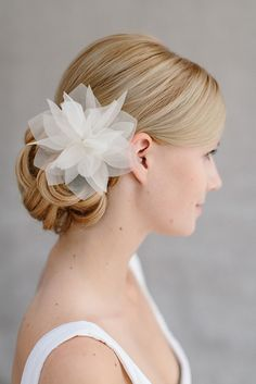 "Bridal Silk Flower, Wedding Hair Flower, Headpiece - ""Violetta"" €129"
