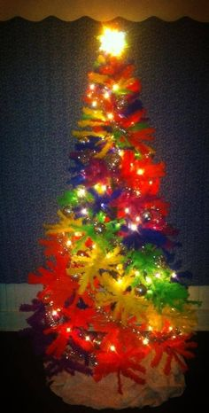 NEW TREE IN TOWN! The Treetopia Color Burst Christmas tree - looks better too! To view easier on a mobile device, click here! Or go directly to Amazon and find what you need Deadheadland is paid a commission on Amazon orders –Please shop here!   The original tree we listed is now out of…