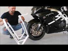 Pojízdný přední stojan na motorku s adaptérem do tunelu krku řízení - YouTube Motorcycle, Vehicles, Youtube, Monkeys, Easel, Blue Prints, Motorcycles, Car, Motorbikes