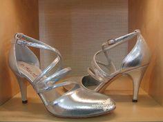 Item Elena, Sole Vero Cuoio, Materials minilizard, Toe Closed, Back Closed, Color Silver, Heel Shape Stiletto