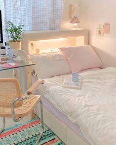 Room Design Bedroom, Room Ideas Bedroom, Home Room Design, Bedroom Decor, Korean Bedroom Ideas, Bedroom Inspo, Study Room Decor, Pastel Room, Aesthetic Room Decor