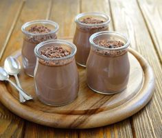 Healthy Chia Seed Recipes Chocolate chia seed mousse -- this mojo vitality website is legit! Healthy Treats, Healthy Desserts, Raw Food Recipes, Delicious Desserts, Dessert Recipes, Cooking Recipes, Yummy Food, Healthy Eating, Chia Recipe
