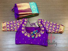 Looking for kanjivaram saree blouse designs ? Here are our picks of 17 amazing sarees that you wear with kanji silk sarees! Wedding Saree Blouse Designs, Pattu Saree Blouse Designs, Blouse Designs Silk, Designer Blouse Patterns, South Indian Blouse Designs, Kids Blouse Designs, Hand Work Blouse Design, Stylish Blouse Design, Saris
