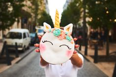 The first street food funktory in Budapest. Unicorn Donut, Budapest, Christmas Ornaments, Holiday Decor, Cute, Instagram, Christmas Jewelry, Kawaii, Christmas Decorations