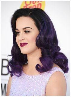 Katy Perry Inspired Hair Extensions. Add Volume and Length without damaging your own hair. Beautiful Dark Brown Human Hair Extensions with a dark to light purple faded ombre//dip dye. Zero commitment to bleaching your own hair.   Indian Remy human hair, hand drawn and double wefted.   We u...
