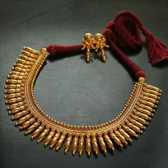 Traditional Indian Antique Jewellery For Women - Kurti Blouse Gold Bangles Design, Gold Jewellery Design, Gold Jewelry, Women Jewelry, Fashion Jewelry, Diamond Jewellery, Antique Necklace, Antique Jewelry, Gold Necklace