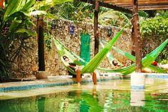 MEXICO, Merida: Nomadas Travel