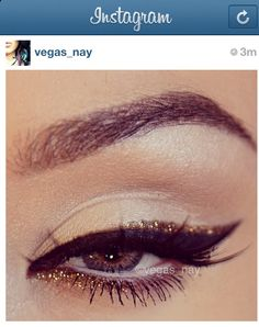 double winged liner. Black and gold. @vegas_nay