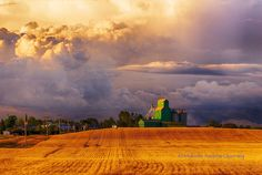 Grain Elevator at Sunset by Malcolm Pictures To Paint, Cool Pictures, Acrylic Photo, Photo Boards, Windy Day, Landscape Paintings, Landscapes, Abandoned Buildings, Western Art