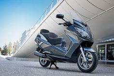 Peugeot Price Cut For Commuter Scooters means £500 less to get a new Peugeot City Star 125i or Satelis 125i for regular or winter commuting