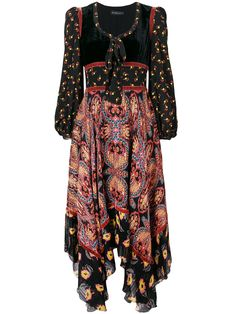 Shop online black Etro long paisley dress as well as new season, new arrivals daily. Phenomenal luxury selection, get it now with quick Global Shipping or Click & Collect orders. Rocker Chic Style, Girl Fashion, Womens Fashion, Fashion Design, Bohemian Fashion, Paisley Dress, Grunge Outfits, Ladies Dress Design, Bohemian Style