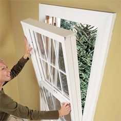 Ready to replace your drafty old windows with new energy-efficient units? We'll show you the two easiest ways to pull out old windows and put new ones in—and you don't have to tear off the interior moldings or disturb exterior trim and siding to do it. Diy Window Replacement, Vinyl Replacement Windows, Installing Replacement Windows, Window Glass Repair, Home Fix, Diy Home Repair, Home Upgrades, Home Repairs, Home Projects