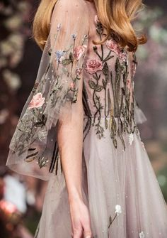 "aishwaryaraii: Looks from Paolo Sebastian 'Once Upon a Dream' S/S 2018 Haute Couture "" Paolo Sebastian, Pretty Outfits, Pretty Dresses, Beautiful Dresses, Beautiful Models, Couture Fashion, Runway Fashion, Luxury Fashion, Fashion Jobs"