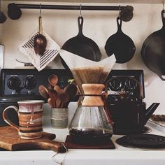 Chemex Coffee Maker and neutral colors #kitchen