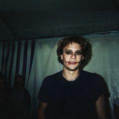 Heath Ledger as Joker. Joker Heath, Heath Legder, Beautiful Boys, Pretty Boys, Jenifer Aniston, Comme Des Garcons, Iconic Movies, 90s Movies, Photos Du