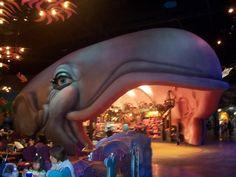 Tokyo's Disney Sea Disneyland World, Tokyo Disneyland, Disney Movies To Watch, Go To Japan, Tokyo Disney Sea, Parking Design, Disney Magic, Disney Parks, The Little Mermaid