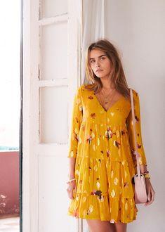 143 meilleures images du tableau Sezane   Summer collection, Dress ... a3231d23b7b4