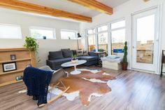 Saskatoon Garage and Garden Suite Builder. House Design, Carriage House Apartments, Garage Guest House, Building A House, Luxury House Designs, Tiny House Plans, Small House Floor Plans