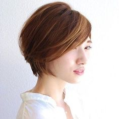 Hairstyles For Round Faces, Bob Hairstyles, Haircuts, Short Hair Cuts, Short Hair Styles, Asian Bangs, Aesthetic Hair, Look Younger, Bob Styles