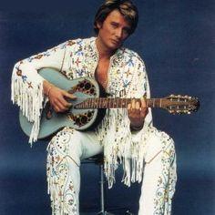 Tenues de scène de Johnny Hallyday— Tournée 79 Costume Blanc, Dd, Galette, Arts, Photos, French, Concert, Scene Outfits, Fringe Coats