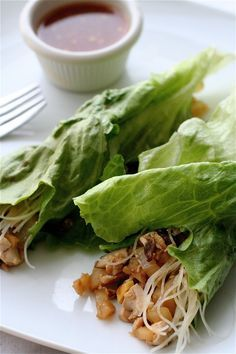 Vegetarian Lettuce Wraps | The Curvy Carrot Vegetarian Lettuce Wraps | Healthy and Indulgent Meals Dangling in Front of You