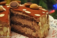 Tort Toffifee Romanian Desserts, Romanian Food, Torte Recepti, Cake Recipes, Dessert Recipes, Something Sweet, Chocolate Desserts, Yummy Cakes, Food Inspiration