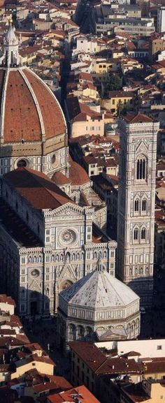 Firenze, Italy. I CLIMBED THAT IN ASSASSIN'S CREED