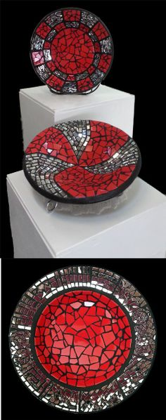 Mosaic by Sue Hoskin Mosaic Tray, Mosaic Tile Art, Mosaic Pots, Mirror Mosaic, Mosaic Garden, Mosaic Crafts, Mosaic Projects, Mosaic Stepping Stones, Stone Mosaic