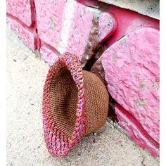 """""""창늘리기가 사라졌다""""...벙거지모자/여름밀짚모자/쉬운모자뜨기 : 네이버 블로그 Straw Bag, Bags, Fashion, Hat, Handbags, Moda, Fashion Styles, Fashion Illustrations, Bag"""