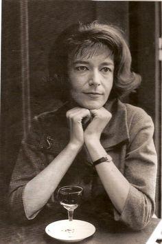 Christine Sèvres (1931 - 1981) Chanteuse, elle rencontre Jean Ferrat en 1956 Christine Sèvres a été une des voix les plus intéressantes de la fin de la rive gauche, même si elle n'a chanté que peu d'années (1958-1970)